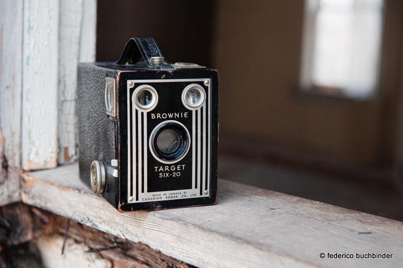 """""""Kodak Brownie Target Six-20"""" """"box camera"""" """"620 film"""""""